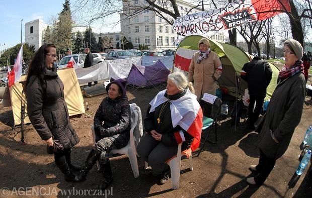 Sejm: od 2017 b�dzie waloryzacja �wiadcze� piel�gnacyjnych