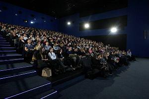 Bot na Messengerze pomaga wybra� film i kupi� bilet do Multikina