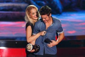 Zac Efron i Rita Ora