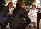 Barack Obama odwiedzi� Williama i Kate. W roli g��wnej? Ksi��� George i... zabawka od Obamy