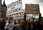 Podziemie aborcyjne w Polsce kwitnie. Ci��e usuwaj� te� anestezjolodzy