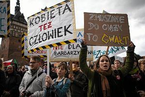 Podziemie aborcyjne w Polsce kwitnie. Ciąże usuwają też anestezjolodzy