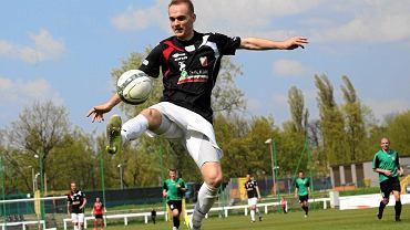 Dominik Lemanek w spotkaniu z Ciechanowem strzelił hattrricka.