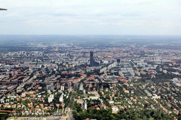 Zdj�cie numer 18 w galerii - Przelot nad miastami gospodarzami Euro 2012 [ZDJ�CIA]