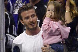 To najbardziej urocza rzecz, jak� dzi� zobaczycie! David Beckham zabra� c�rk� na mecz i...