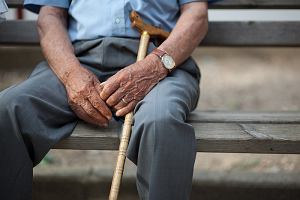 Co się należy starszym i chorym