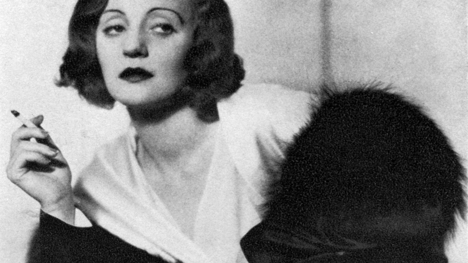 Tallulah Bankhead jako Judith Traherne w broadwayowskiej produkcji 'Dark Victory' z 1934 r.