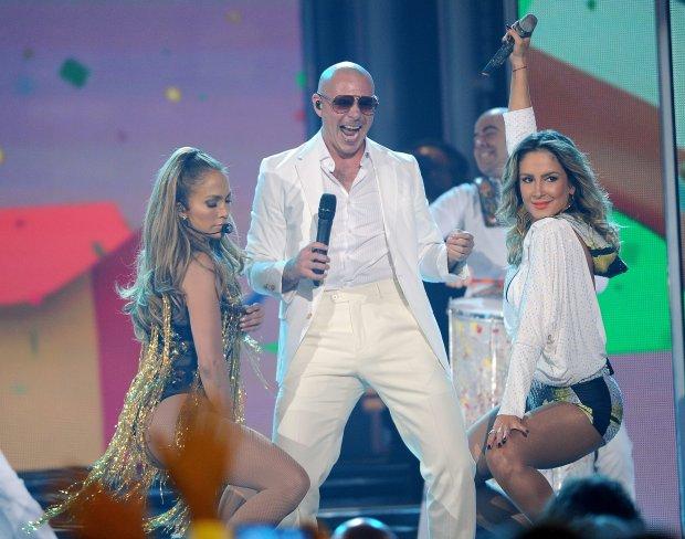 Jennifer Lopez, Pitbull i Claudia Leitte
