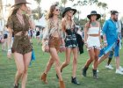 Jak ubrać się na festiwal? Stylizacje inspirowane Coachellą