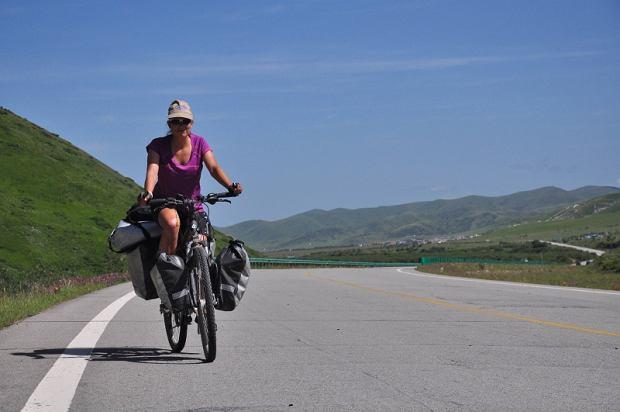 Zdjęcie numer 5 w galerii - Sześć tysięcy kilometrów, sześć azjatyckich krajów, trzy kobiety na rowerach