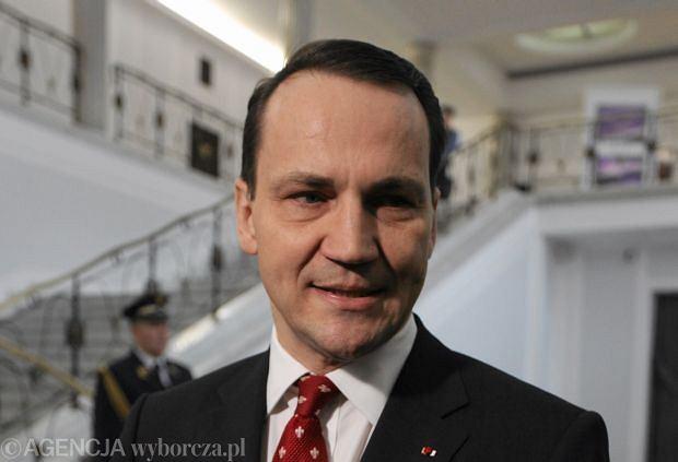Rados�aw Sikorski