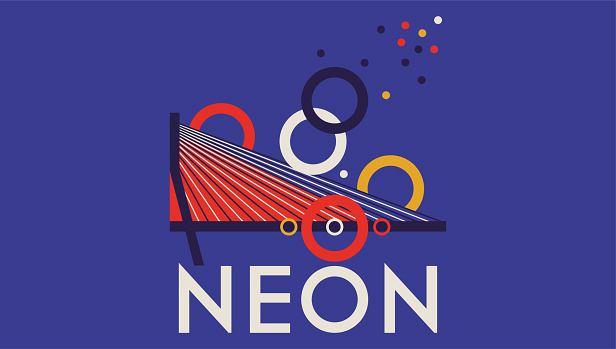 Neon na moście Świętokrzyskim