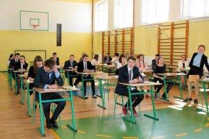 Próbny egzamin gimnazjalny 2015/2016 OPERON. ODPOWIEDZI z części językowej! Mamy też ARKUSZE i transkrypcje nagrań. Jakie były ZADANIA z angielskiego i niemieckiego?