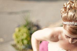 Sukienki na wesele - gotowe stylizacje i przegląd najlepszych fasonów [Moda plus size]