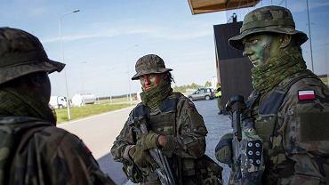 Wojskowe ćwiczenia Dragon-17 odbyły się lotnisku w Szymanach