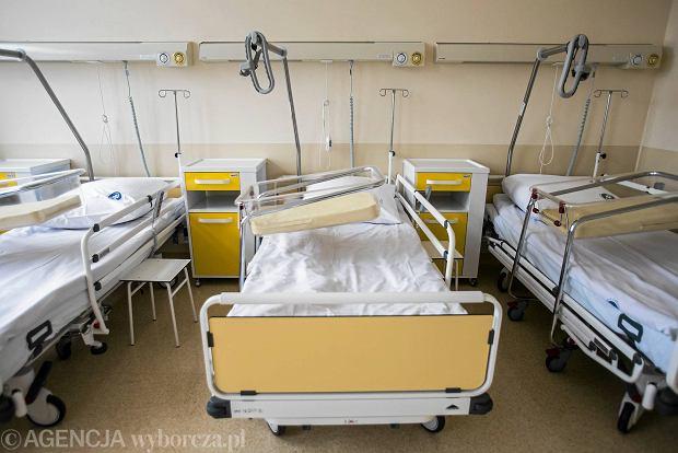 18-latka urodziła w szpitalu zdrową córkę. Kilka godzin później nagle zmarła