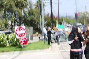 Kris Jenner mia�a wypadek samochodowy. Ca�a rodzina od razu pojawi�a si� na miejscu, aby pom�c matce
