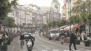 Warszawa, Nowy Świat. Na tej ulicy dawni właściciele lub kupcy roszczeń chcą odzyskać nieruchomości w 14 miejscach.