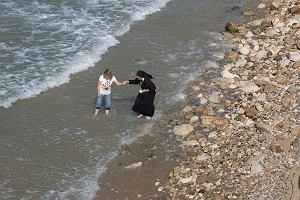 Zakaz noszenia burkini na plaży? Krytyka przyszła z niespodziewanej strony