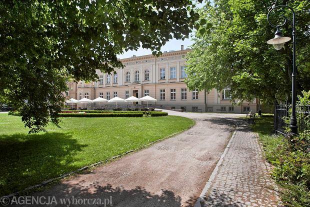 Zdjęcie numer 0 w galerii - Ostromecko będzie piękniejsze. Pałac i park jak nowe [ZDJĘCIA]