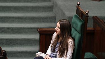 Karolina Elbanowska z Fundacji Rzecznik Praw Rodziców Sejmie