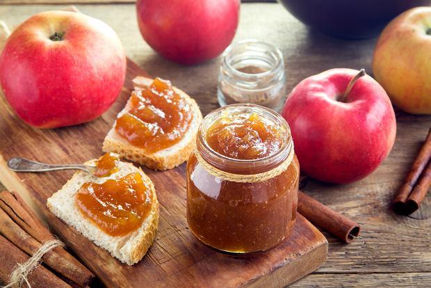 Domowy dżem z jabłek i cynamonu