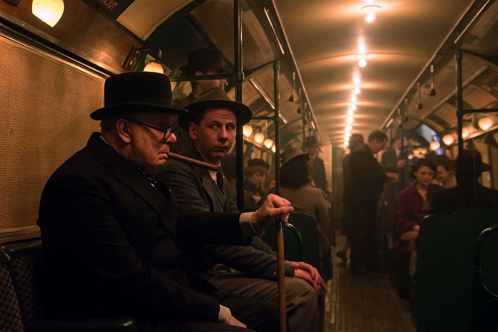 Gary Oldman jako Winston Churchill  w filmie 'Czas mroku' / Jack English / materiały prasowe