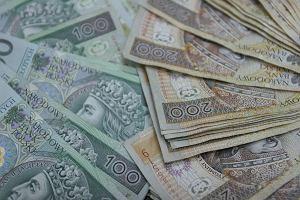 Polacy nie płacą długów nawet sądom. Zaległości wobec Temidy sięgają setek milionów złotych