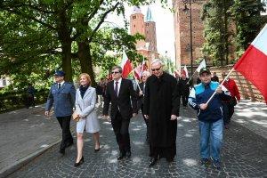 Marsz dla �ycia i Rodziny. Bp Libera: Dzisiaj Zach�d boi si� Polski [FOTO]