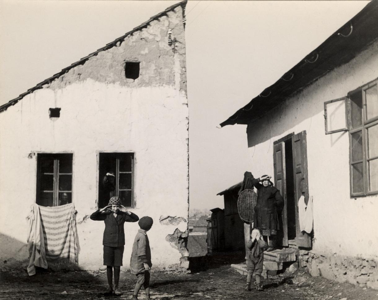 Mieszkańcy wsi w Karpatach, ok. 1935-1938 (fot.   Mara Vishniac Kohn, dzięki uprzejmości  International Center of Photography)