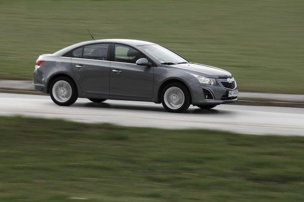 Chevrolet Cruze 4d 1.8 LPG | Test | Ch�odna kalkulacja