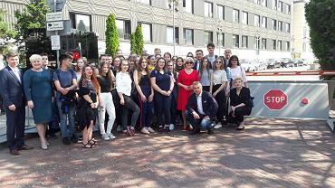 Młodzież nie weszła do Sejmu