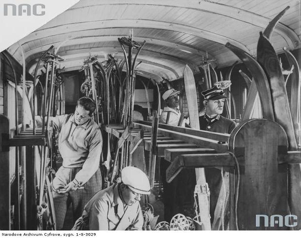 Narty i sanki w pierwszej połowie XX wieku. Co się zmieniło? Zdziwicie się [ZDJĘCIA NAC]