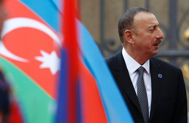 Nie jest rolą polskiego rządu, aby Azerbejdżanowi pomagać w propagandzie