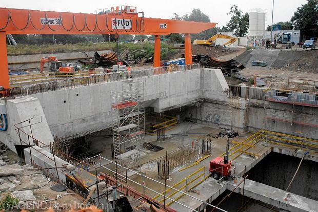 Budowa stacji Powi�le zosta�a wstrzymana