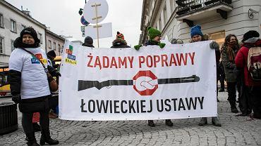 Protest 'Stop wszechwładzy myśliwych' przeciwko nowelizacji ustawy o prawie łowieckim