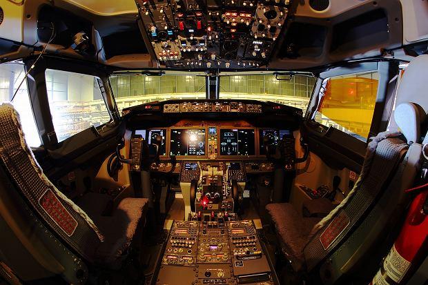 Boeing 737 MAX 8 LOT-u