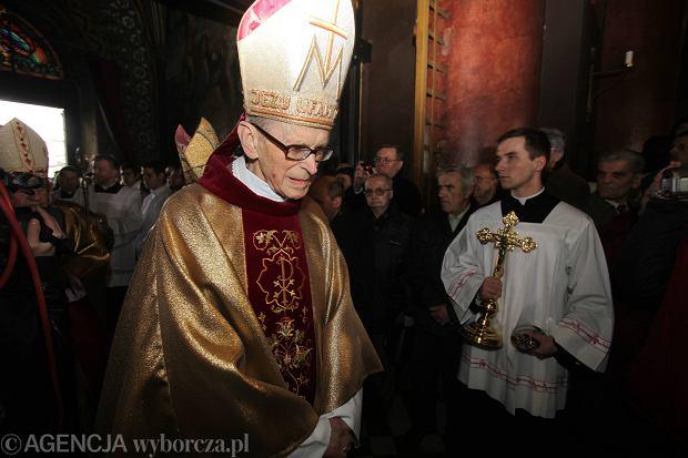 Kardyna� Franciszek Macharski nie �yje
