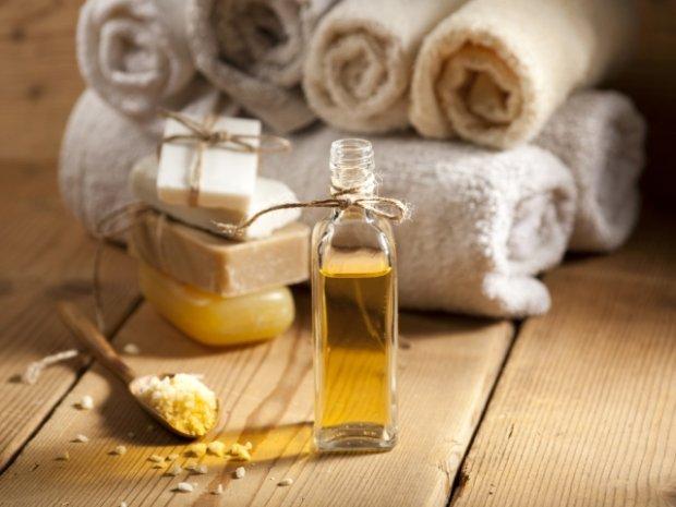 Olej z orzechów MAKADAMIA - recepta na regenerację