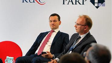 Wicepremier, minister rozwoju Mateusz Morawiecki i prezes KGHM Radosław Domagalski-Łabędzki
