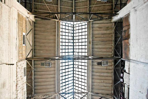 Zdjęcie numer 6 w galerii - Zwiedzali 150-letnią fabrykę obrabiarek na Wilczaku [ZDJĘCIA]