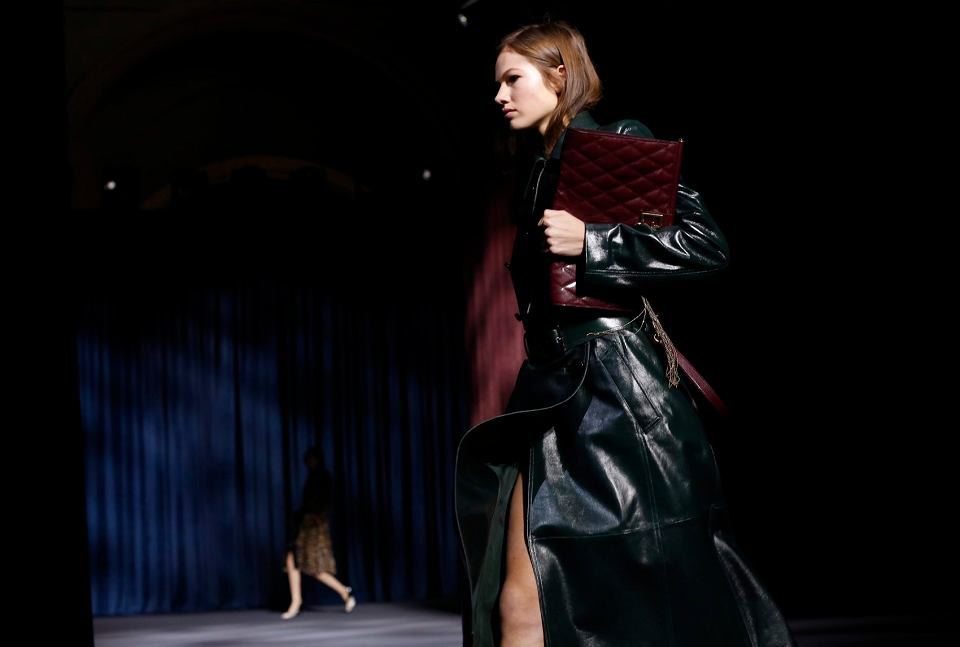 bc670ec7 Hubert de Givenchy nie żyje. Słynny projektant mody miał 91 lat ...