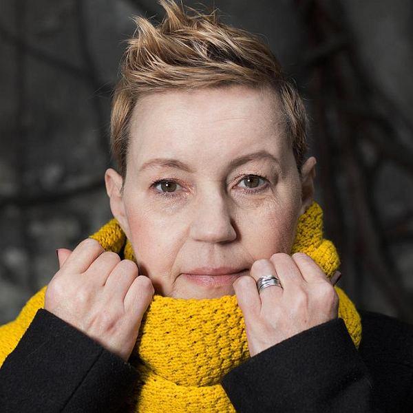 Katarzyna T. Nowak: Wmawiałam sobie - jeszcze do niedawna tak właśnie uważałam - że piszę dzięki alkoholowi. Że ułatwia zebranie myśli. Oczywiście to bzdura.