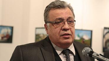 Turcja: Rosyjski ambasador zastrzelony podczas wystawy w Ankarze