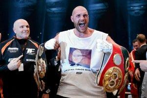 Boks. Tyson Fury postawi� 200 tysi�cy funt�w na swoj� wygran�