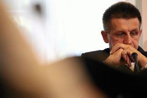 Jan Bury us�ysza� kolejne zarzuty