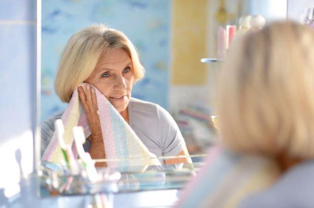 Kosmetyki dla seniora - jak dobiera�?