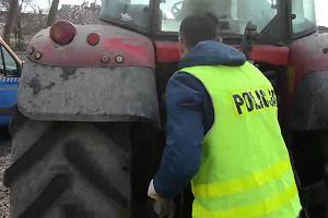 Ciągnik skradziony w Niemczech znalazł leśnik: