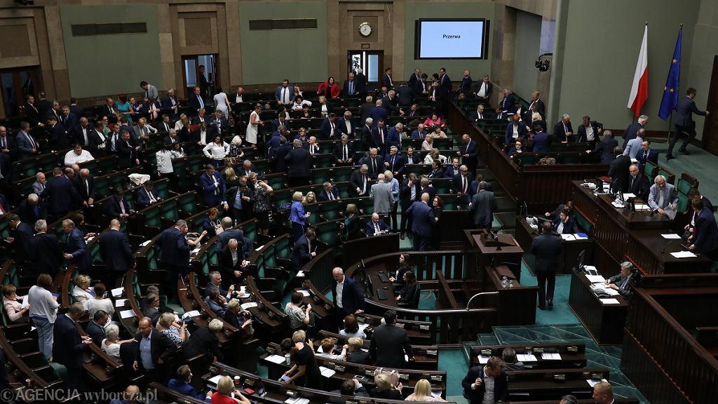 64. Posiedzenie Sejmu VIII Kadencji