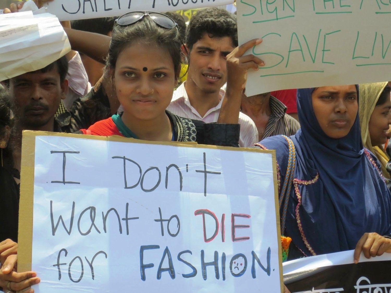 Protest w pierwszą rocznicę katastrofy Rana Plaza (fot. Solidarity Center / Sifat Sharmin Amita / flickr. com / CC BY-ND 2.0)